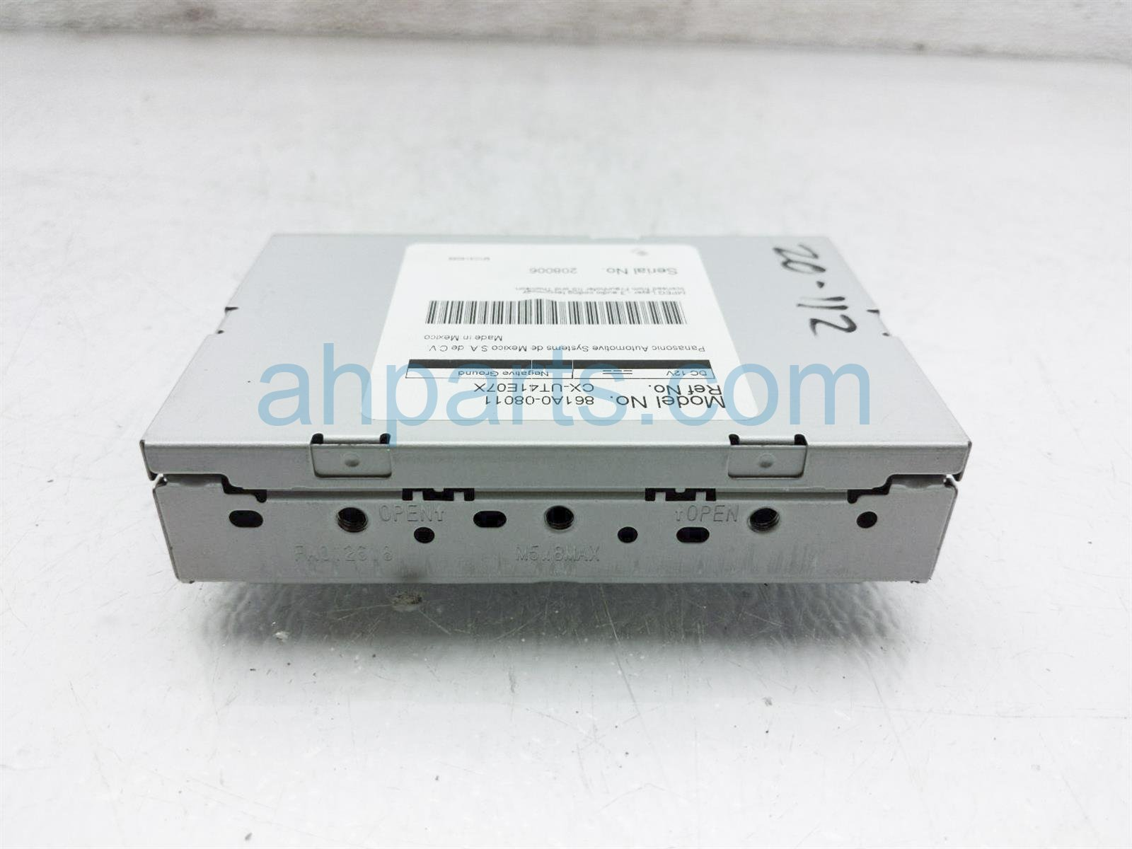2013 Toyota Sienna Multimedia Interface Control Unit 861A0 08011 Replacement