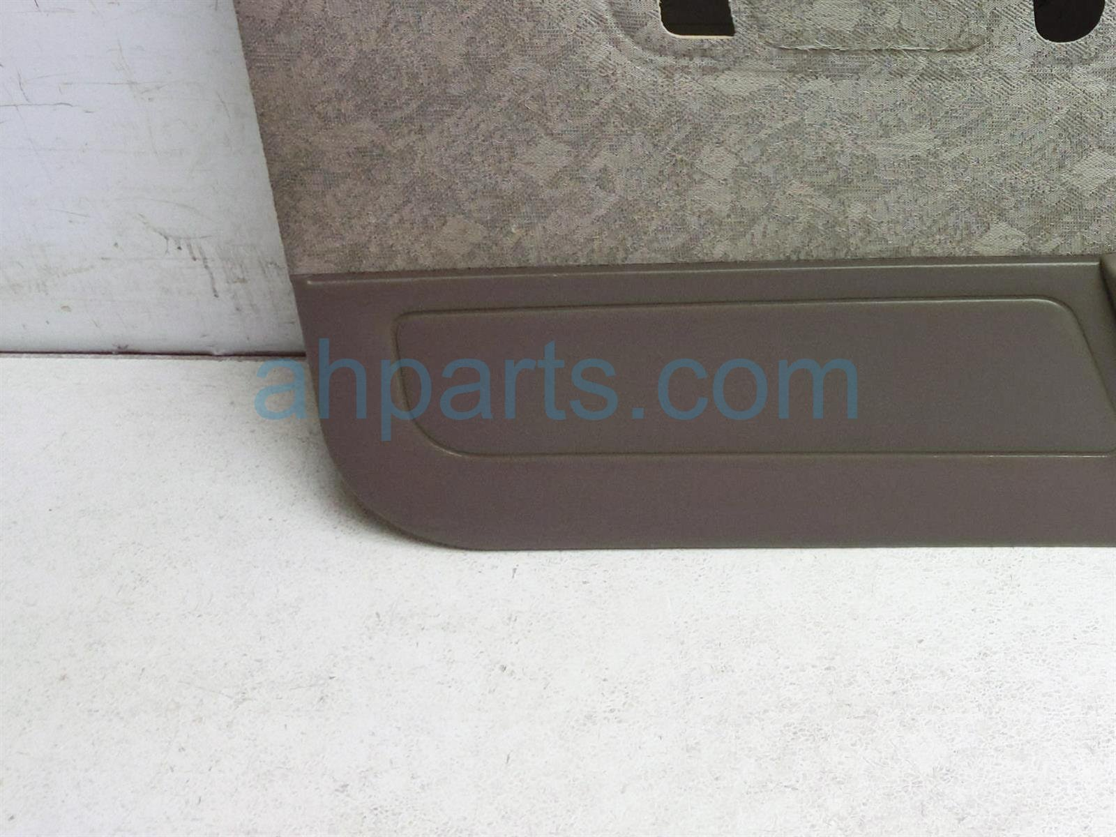 Sold 2000 Toyota Tacoma Front / Liner Driver Door Trim Panel   Tan 67620 04180 E1 Replacement