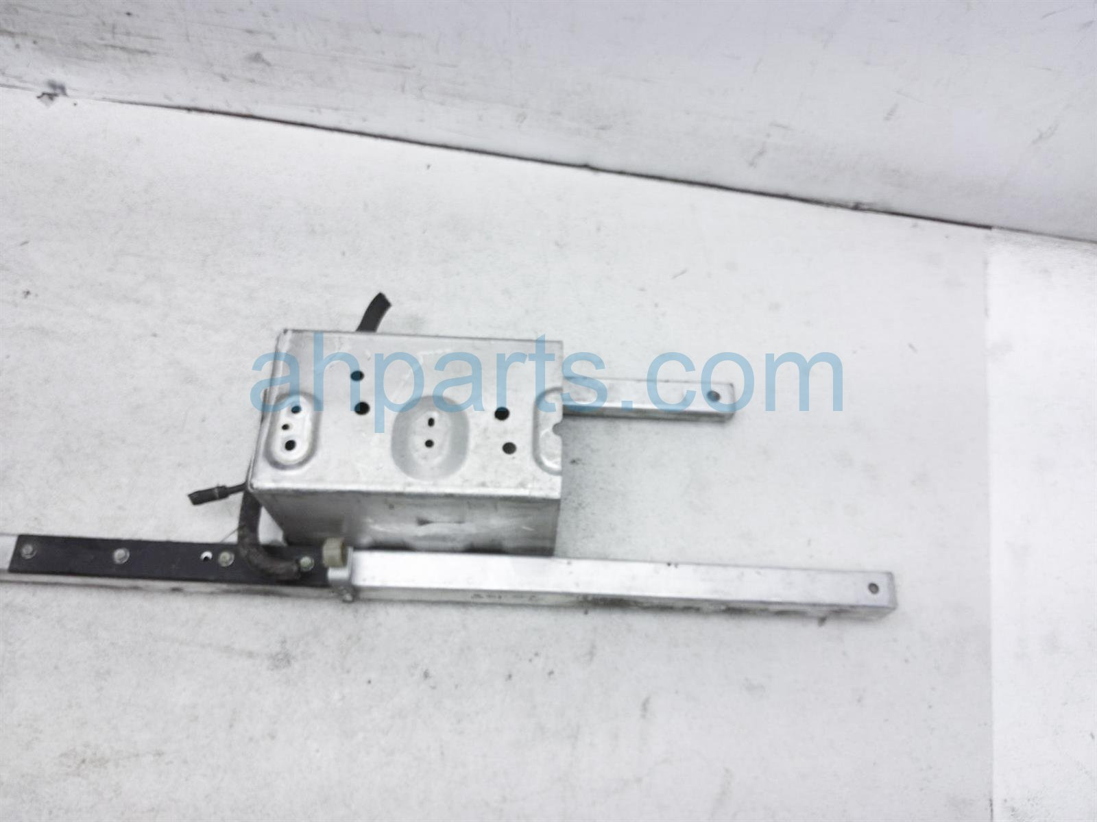 2003 Honda Insight Tray Battery Base Frame Assy 60630 S3Y A90ZZ Replacement