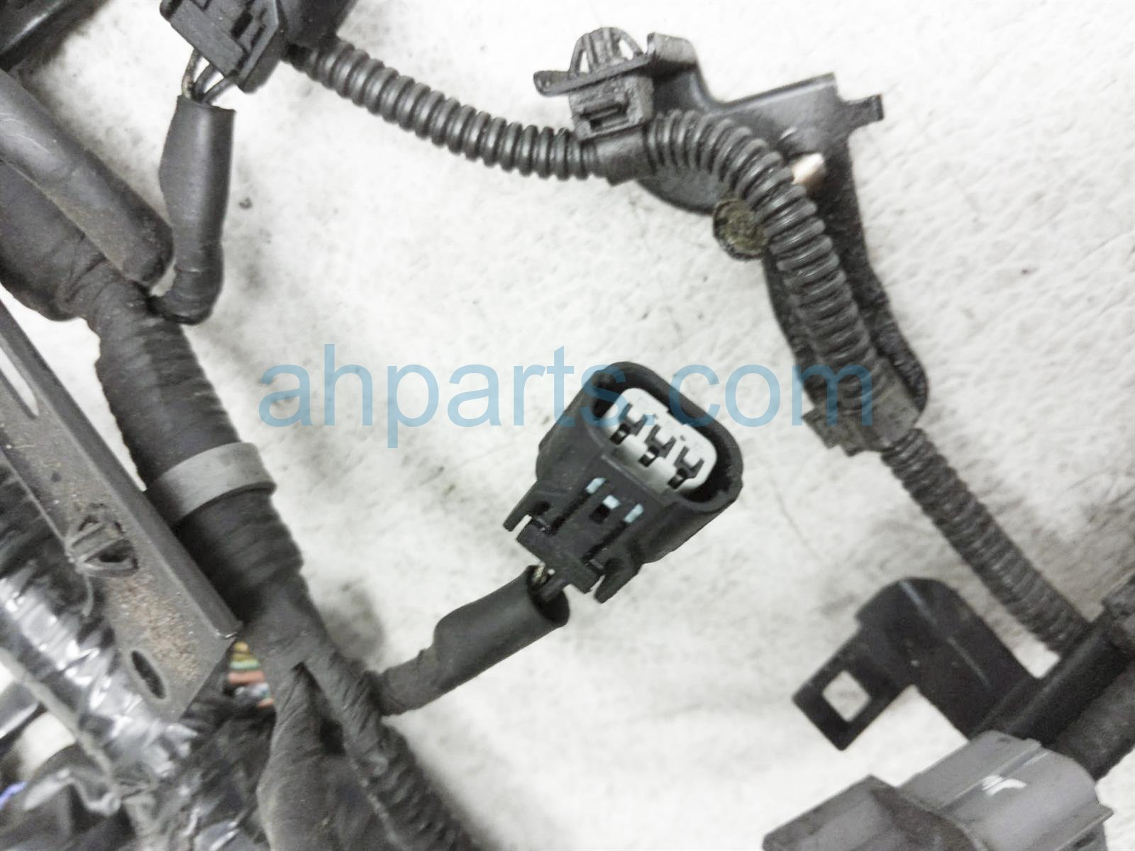 2003 Honda Insight Engine Wire Harness 32110 PHM A50 Replacement