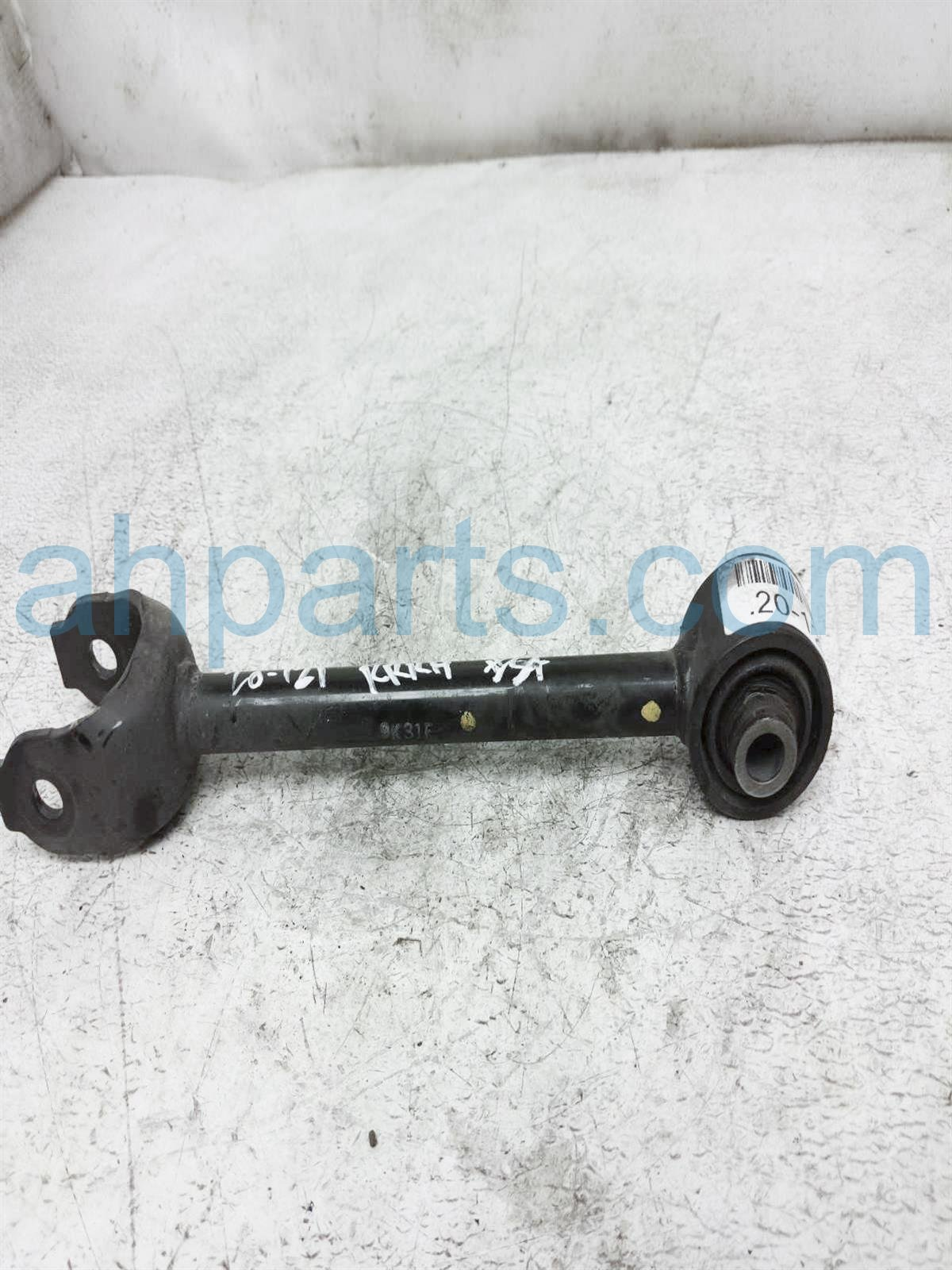 2019 Toyota Rav 4 Lower Rear Passenger Tie Rod Control Arm 48710 0R050 Replacement