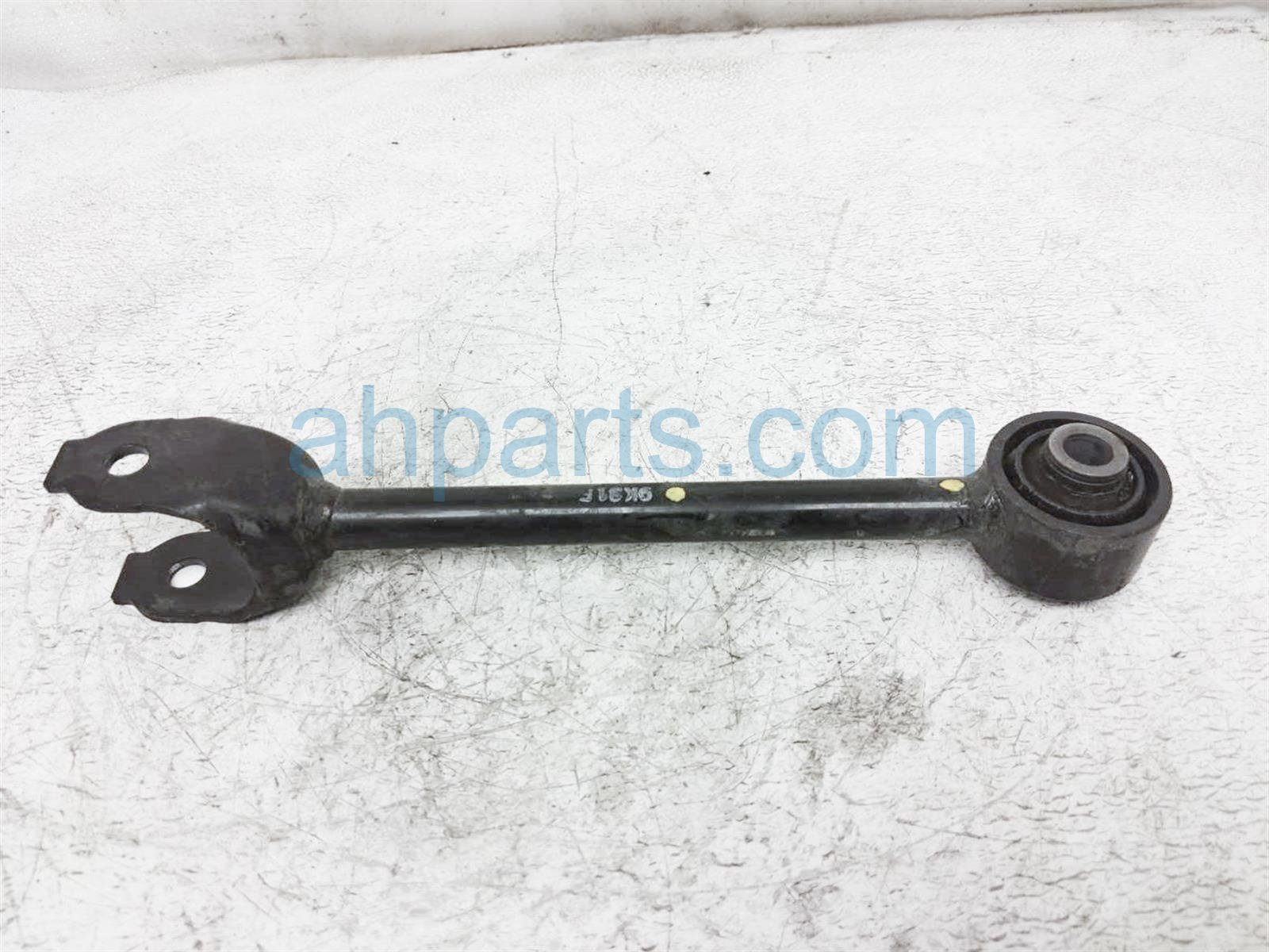 2019 Toyota Rav 4 Lower Rear Driver Tie Rod Control Arm 48710 0R050 Replacement