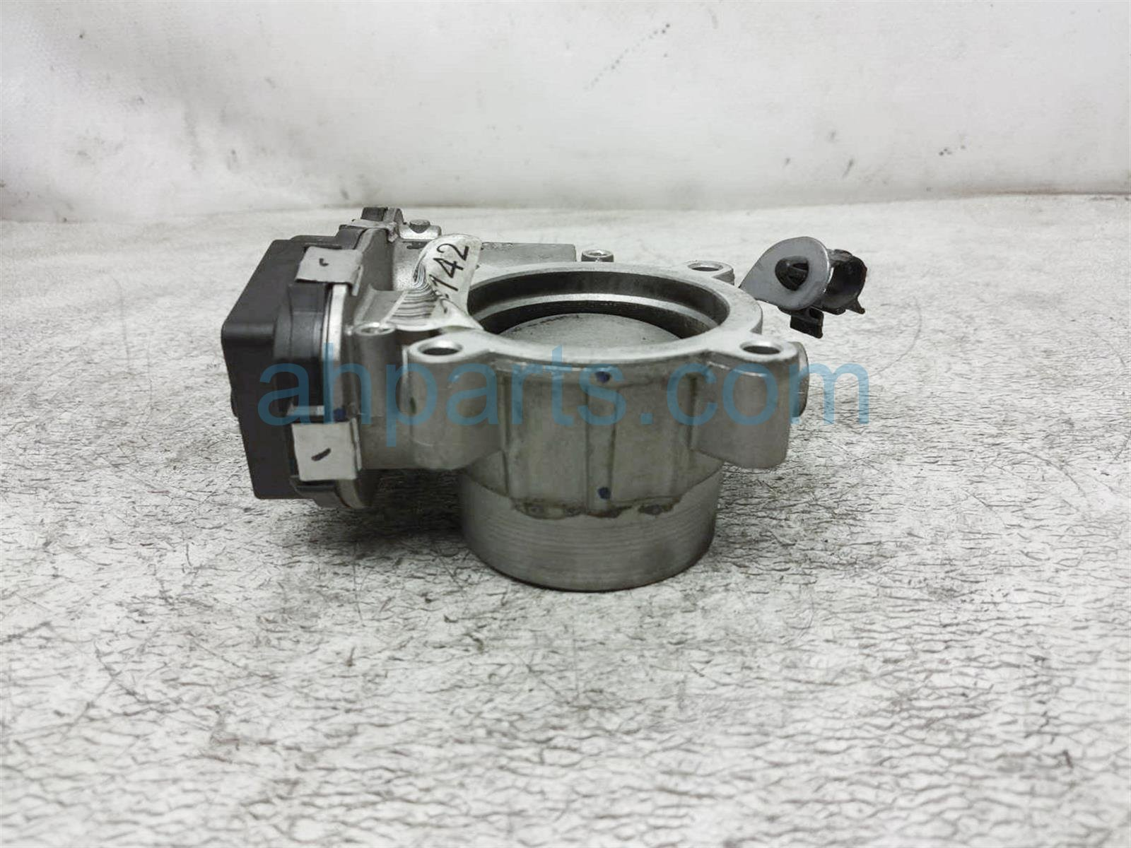 2018 Jeep Compass Throttle Body 4891970AC Replacement