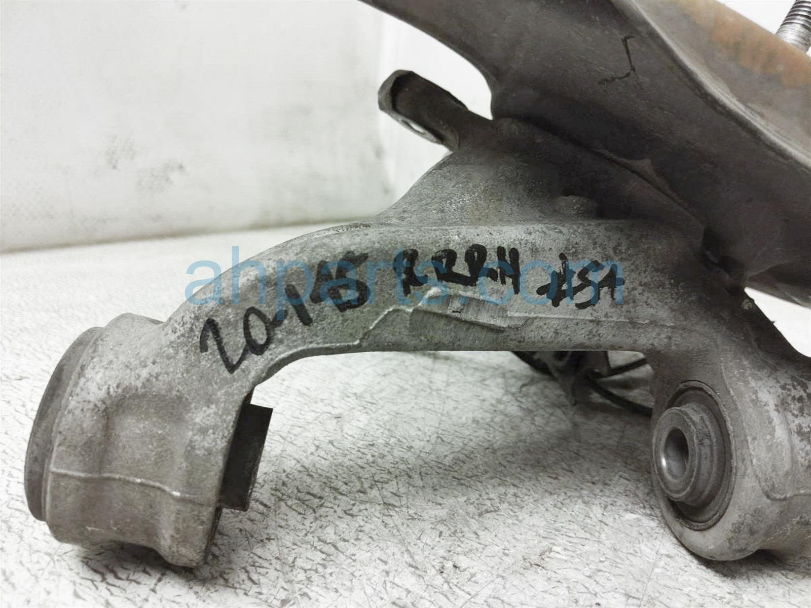 2012 Honda Civic Axle Stub Rear Passenger Spindle Knuckle Hub 52210 TR0 A50 Replacement