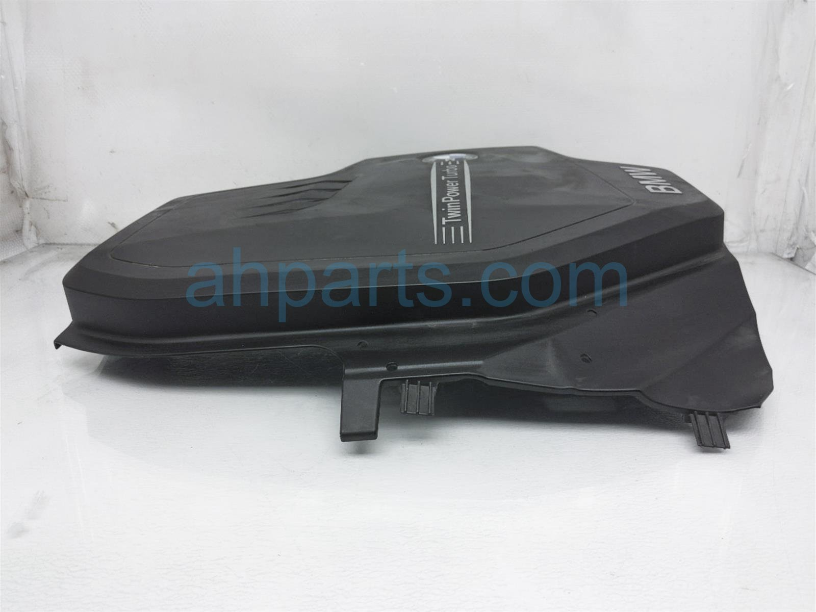2014 BMW 328i Engine Appearance Cover 11-12-8-610-473