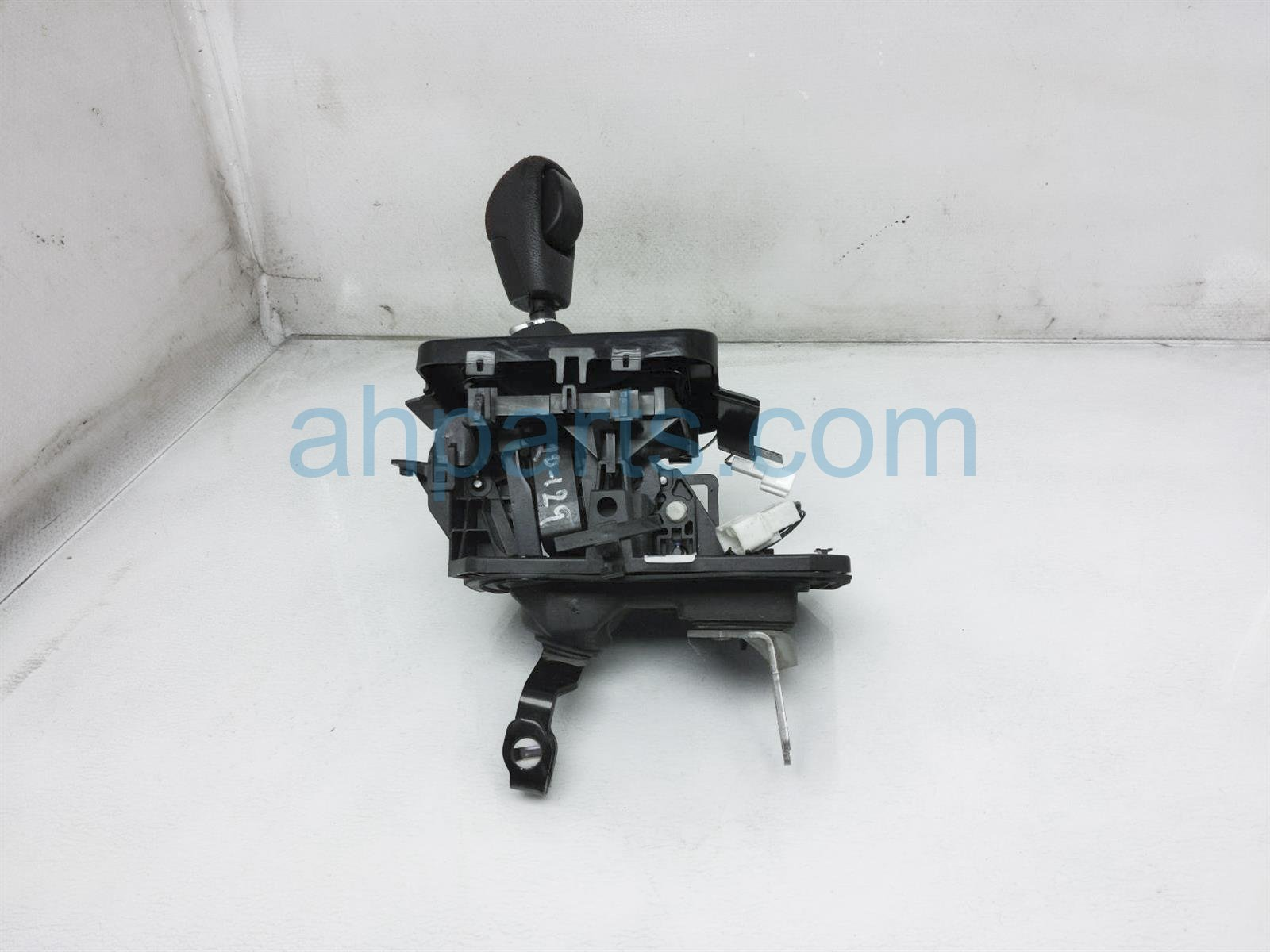 2018 Subaru WRX Shifter Select Lever Assy   Red 35126VA050 Replacement
