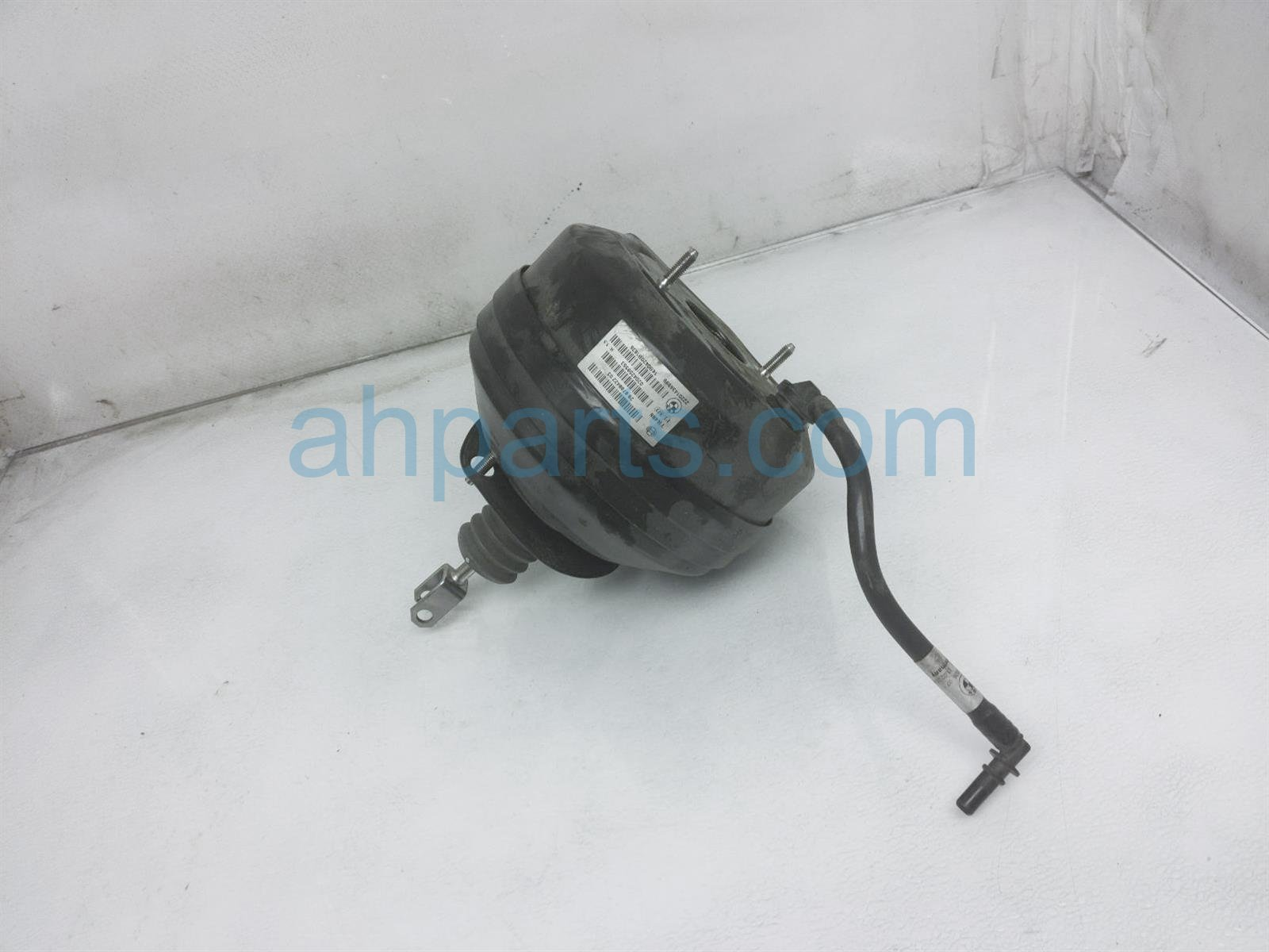 2014 BMW 328i Power Brake Booster 34 33 6 851 098 Replacement