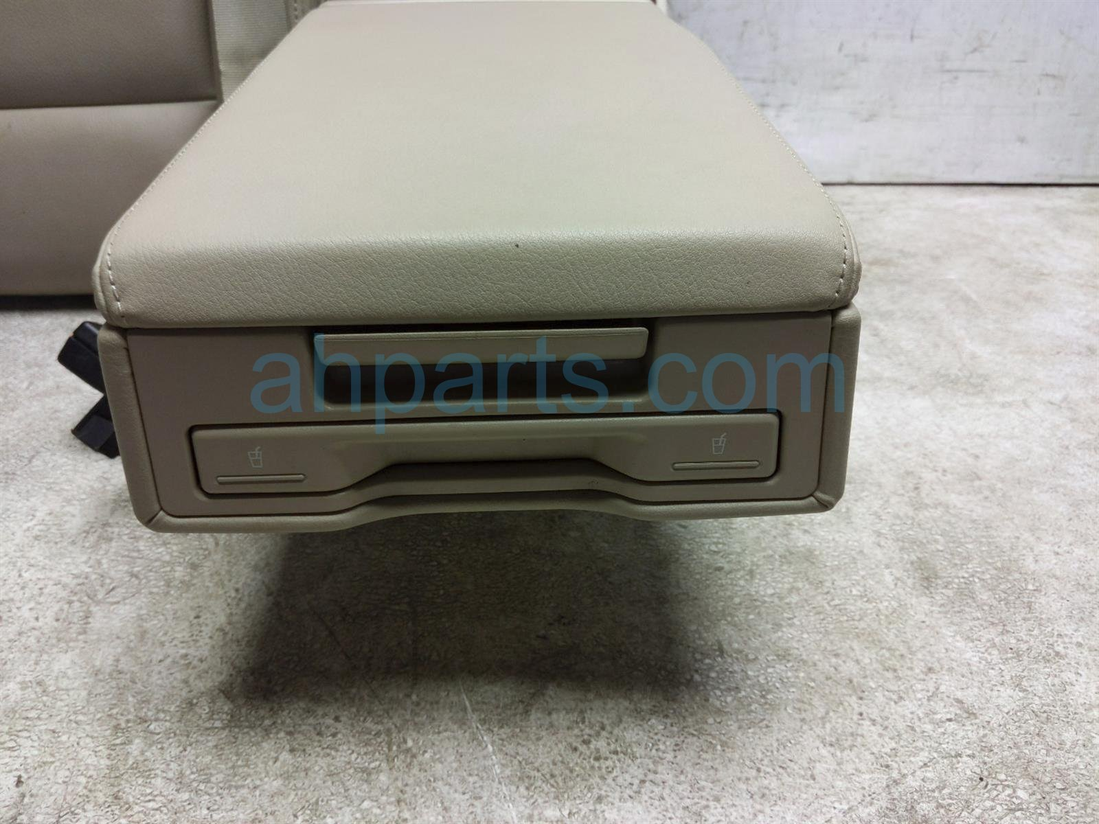 2011 Audi A6 Audi Back (2nd Row) Rear Passenger Seat Top Cushion   Tan Leather 4F0 885 806 AQ VTS Replacement