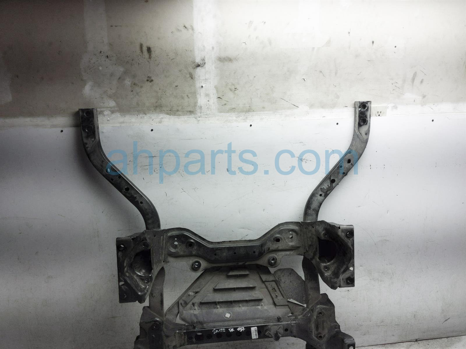 Sold 2017 Ford Mustang Crossmember Fornt Engine Cradle / Sub Frame JR3Z 5C145 A Replacement