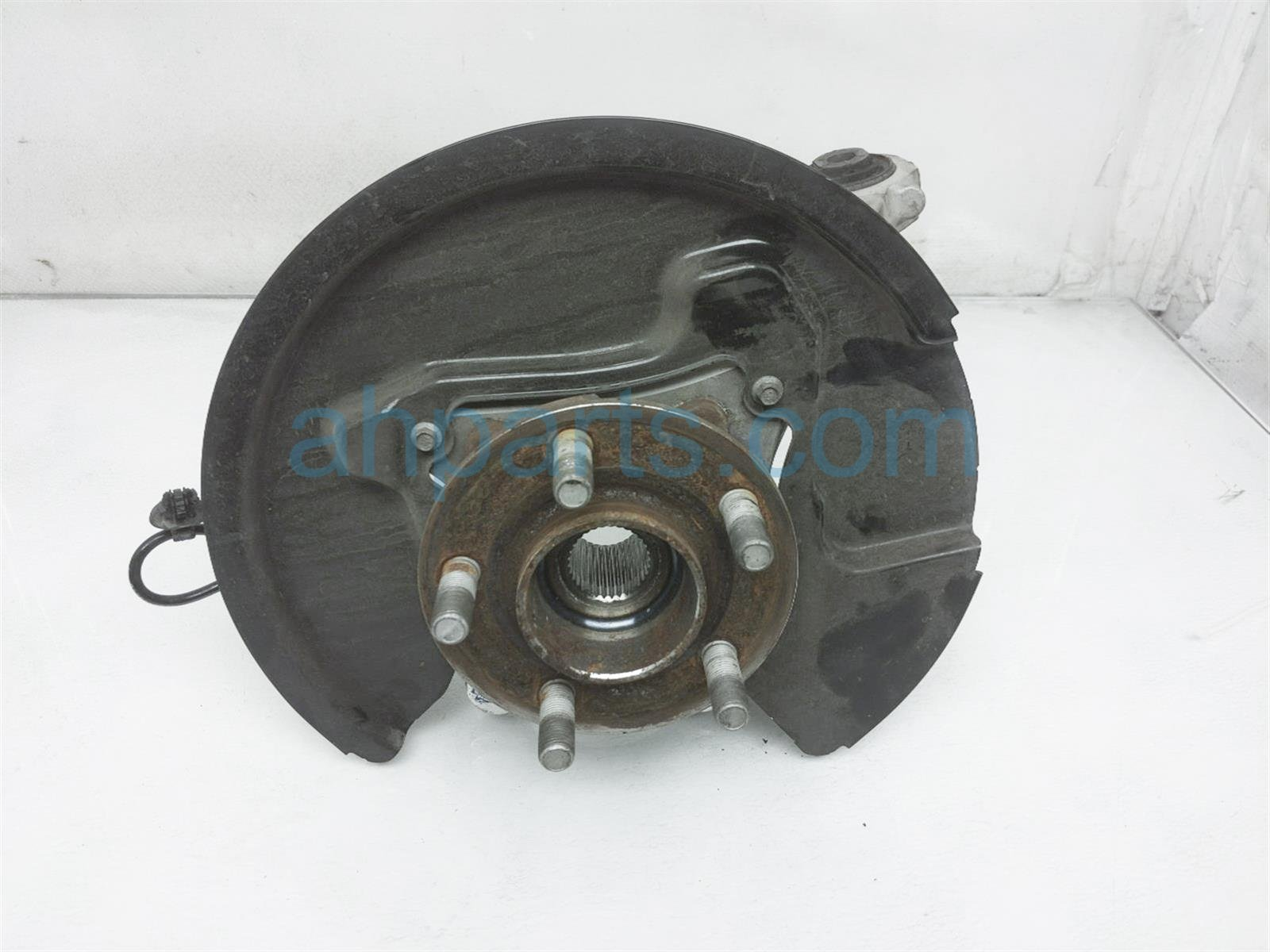 2017 Ford Mustang Axle Stub Rear Driver Spindle Knuckle Hub FR3Z 5B758 G Replacement