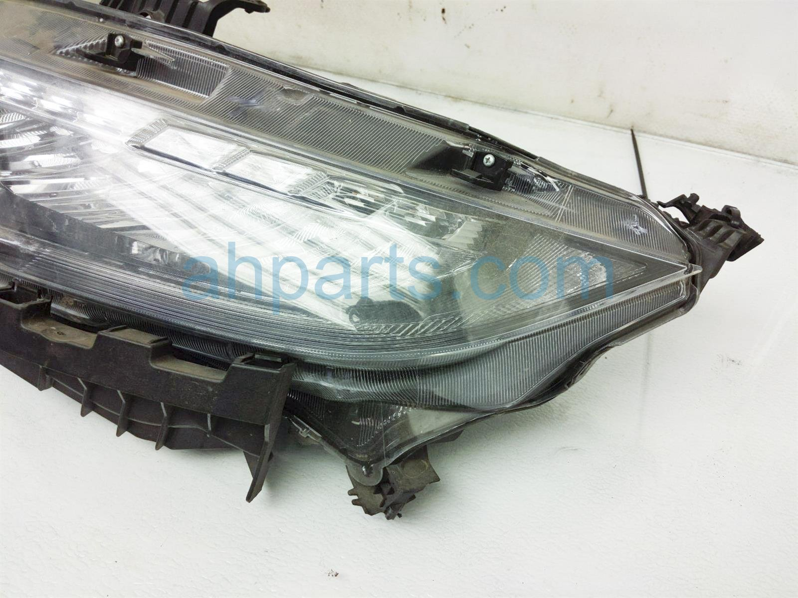 2018 Honda Civic Headlight Driver Head Light / Lamp 33150 TBA A11 Replacement