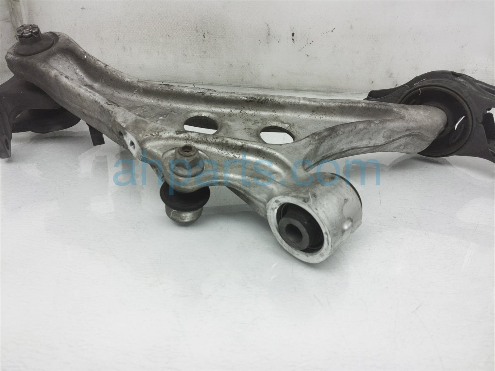 2018 Honda Civic Front Driver Lower Control Arm 51360 TGH A02 Replacement