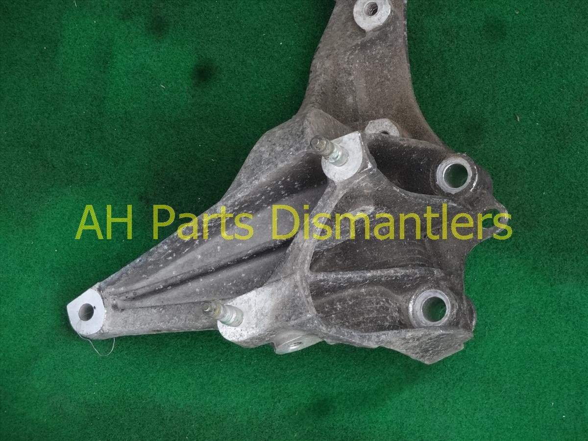 1993 Acura NSX Crossmember Rear driver BEAM BRACKET ASSY 50220 SL0 000 50220SL0000 Replacement