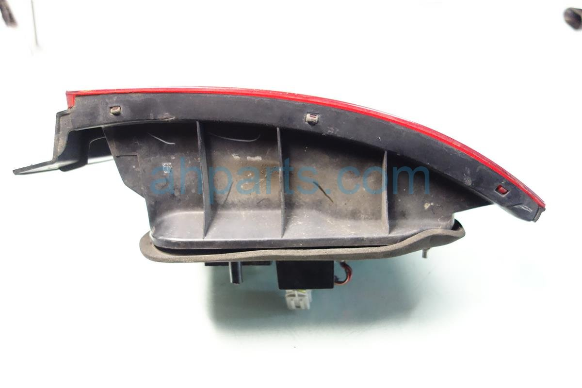 1995 Honda Accord Lamp Rear passenger TAIL LIGHT scratches 33500 SV4 A02 33500SV4A02 Replacement