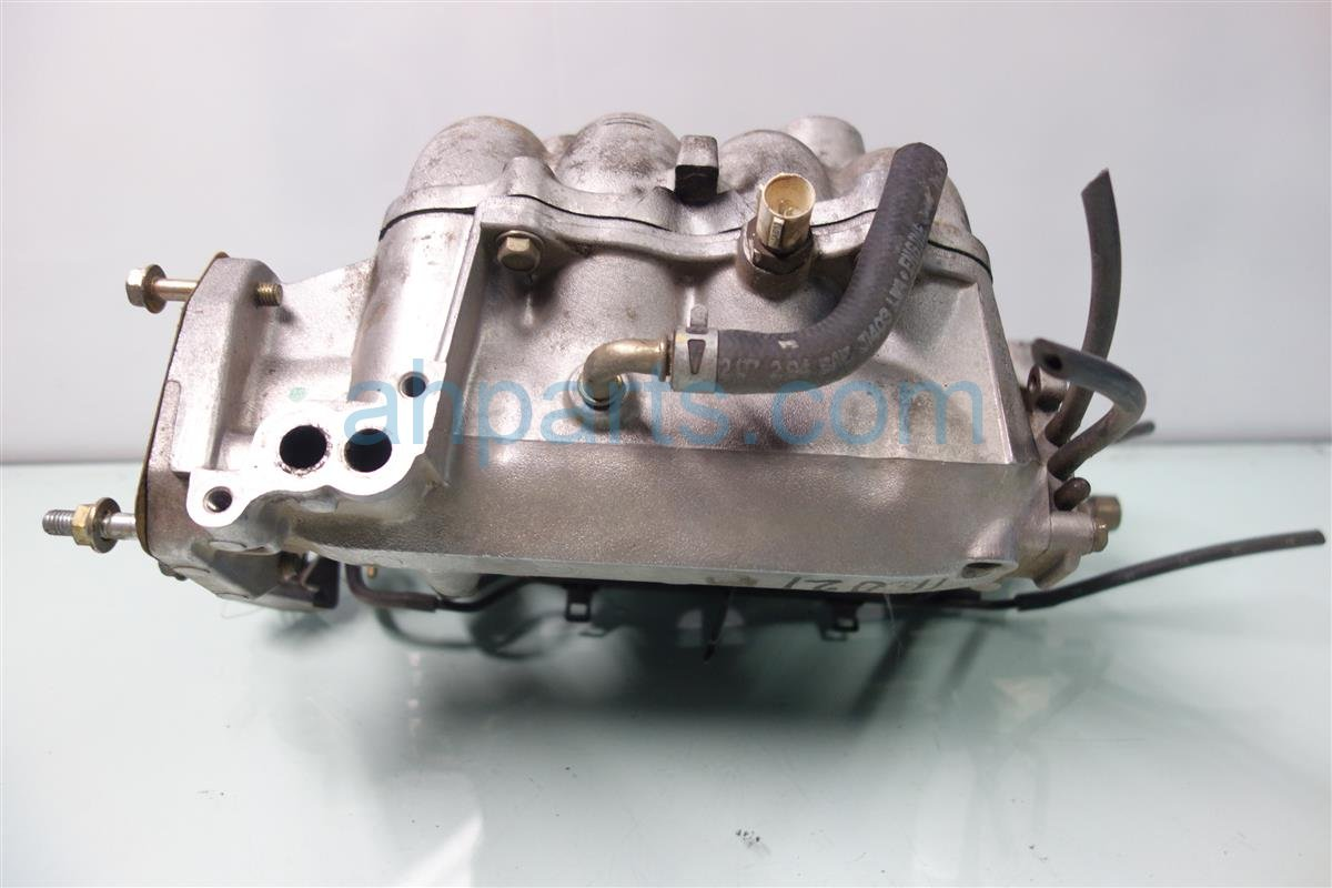 1995 Honda Accord INTAKE MANIFOLD 17100 P0A 000 17100P0A000 Replacement