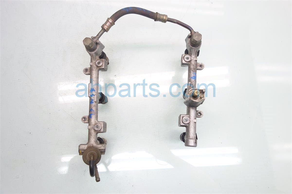 1992 Acura NSX FUEL RAILS AND INJECTORS 06164 PBY A50 06164PBYA50 Replacement