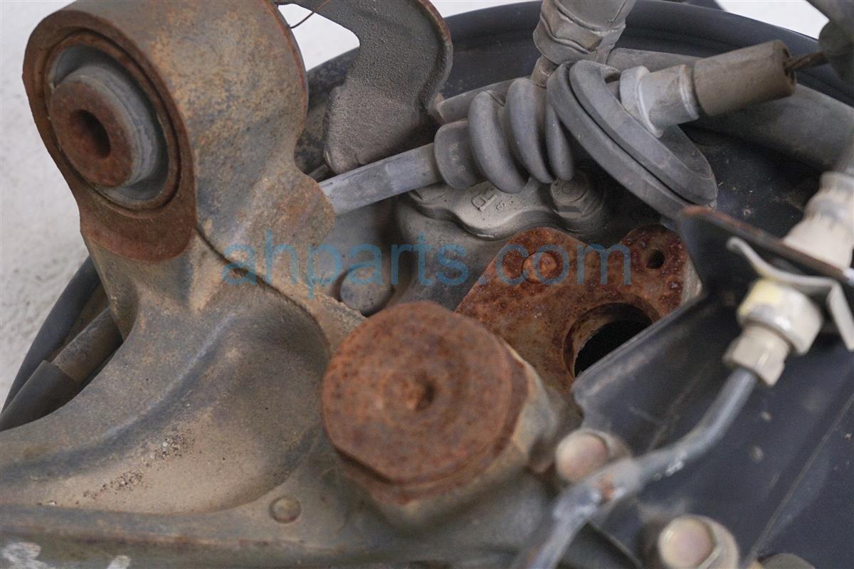 2004 Honda Civic Axle stub Rear passenger SPINDLE 52210 S6D R00 52210S6DR00 Replacement