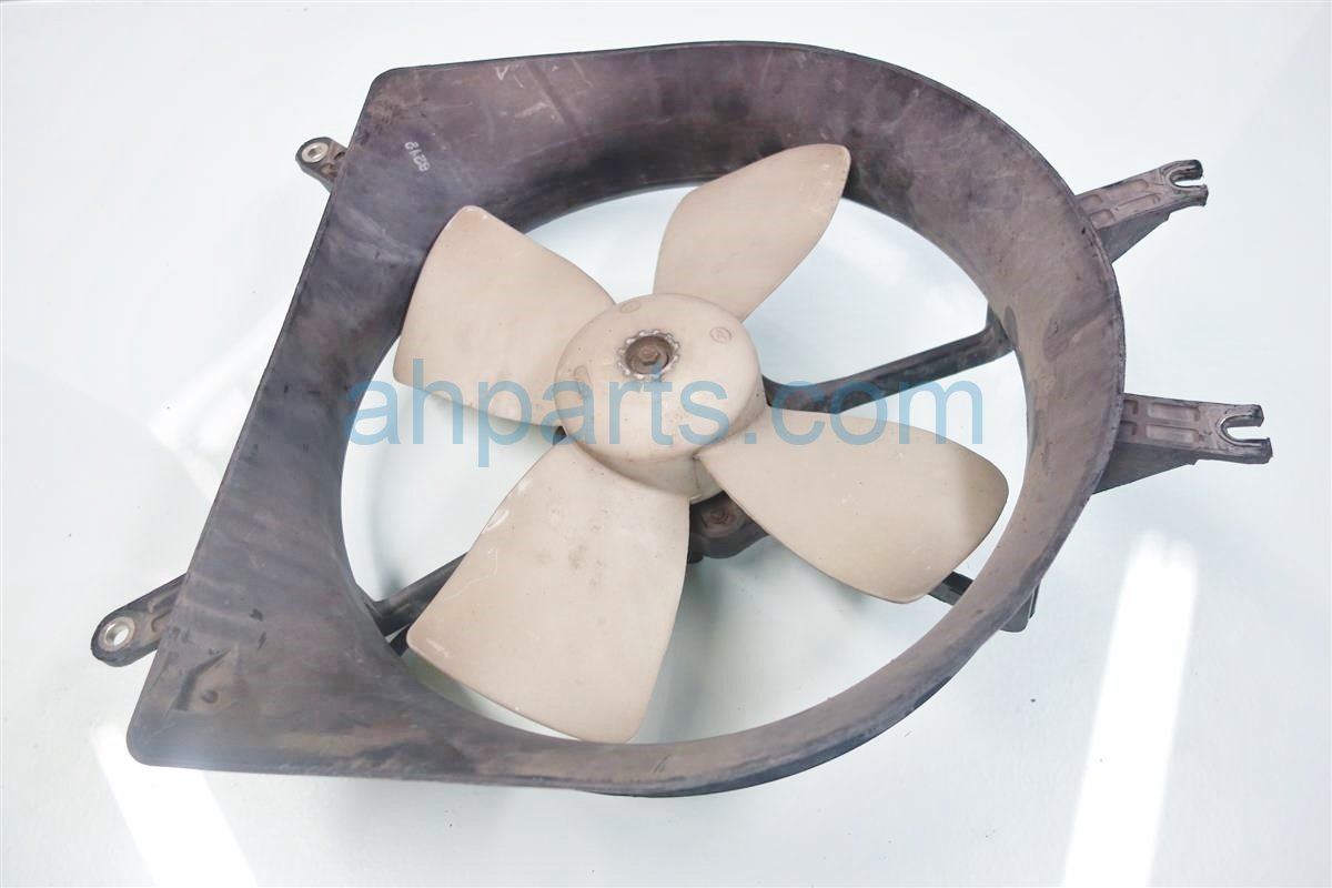 1999 Honda Civic Cooling RADIATOR FAN ASSEMBLY 19030 PEJ 003 19030PEJ003 Replacement