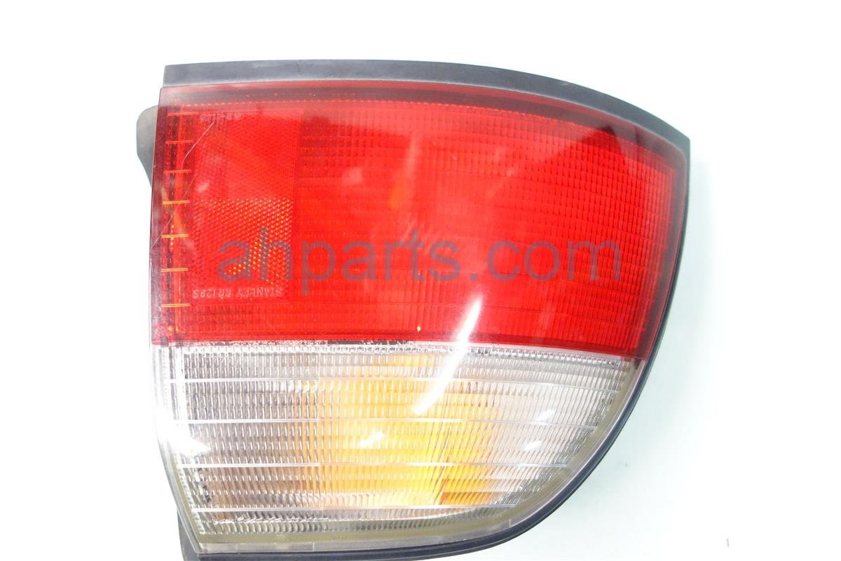 1996 Honda Accord Rear Lamp Driver Tail Light On Body 33551 SV4 A03 Replacement