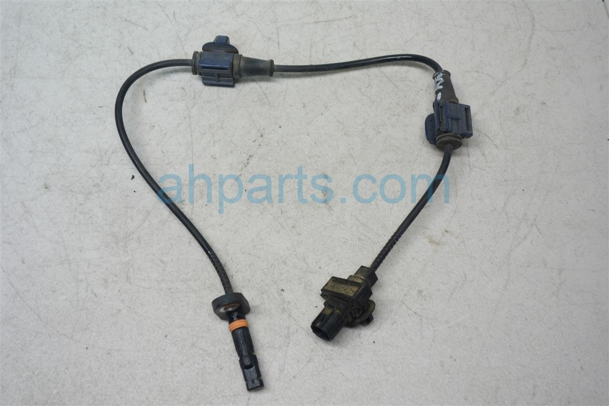 2008 Honda CR V Rear driver ABS SENSOR 57475 SWA 013 57475SWA013 Replacement