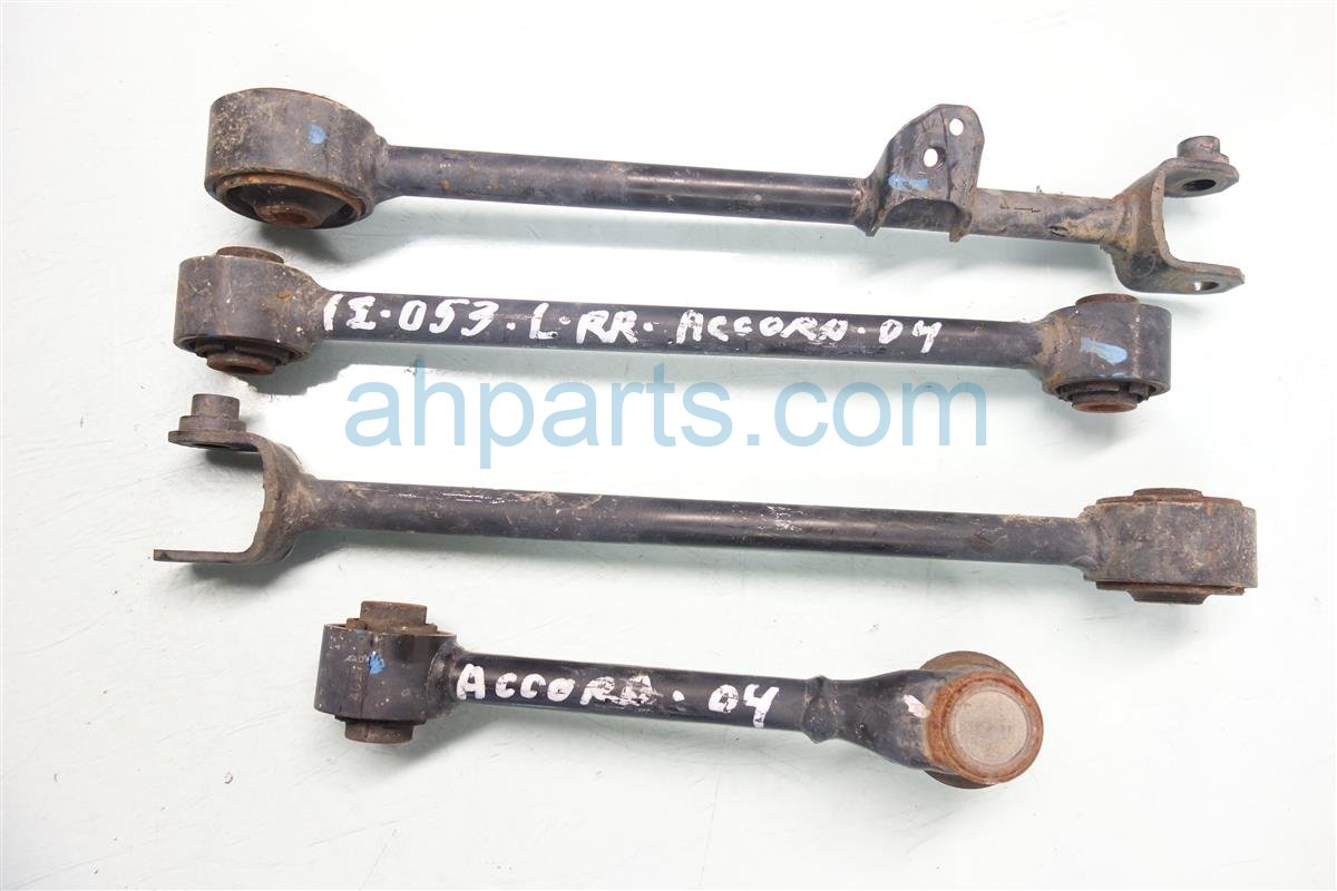 2004 Honda Accord Control Rear driver LOWER ARM set of 4 Replacement