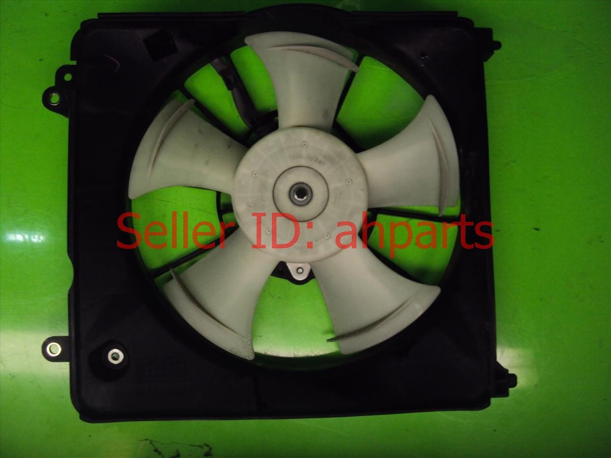 2010 Honda FIT Cooling RADIATOR FAN ASSEMBLY 19030 RB0 004 19030RB0004 Replacement