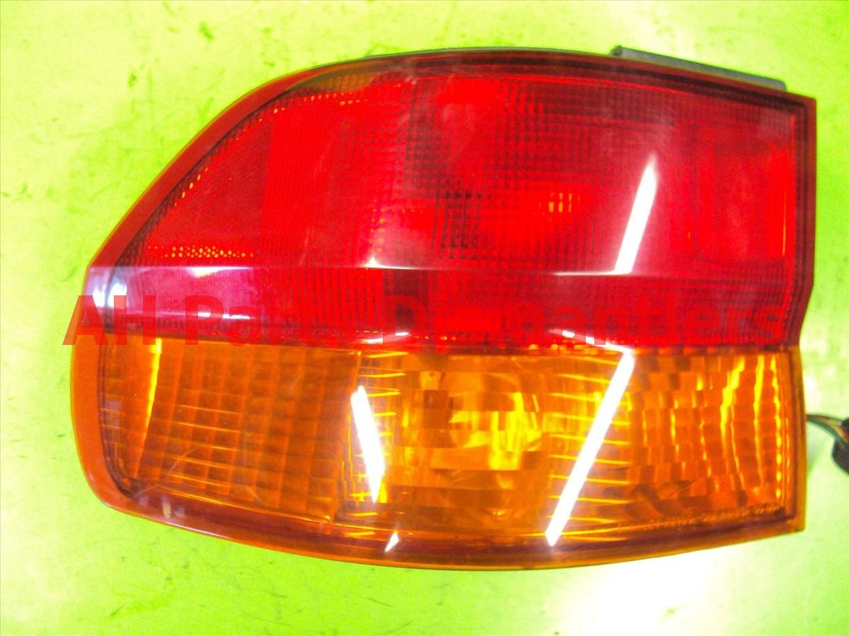 2004 Honda Odyssey Tail Light Rear Driver T LAMP ON BODY 33506 S0X 003 33506S0X003 Replacement