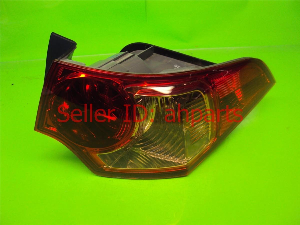 2012 Acura TSX Tail Rear Lamp Passenger T LIGHT ON BODY BRKN TABS 33500 TL0 A11 33500TL0A11 Replacement