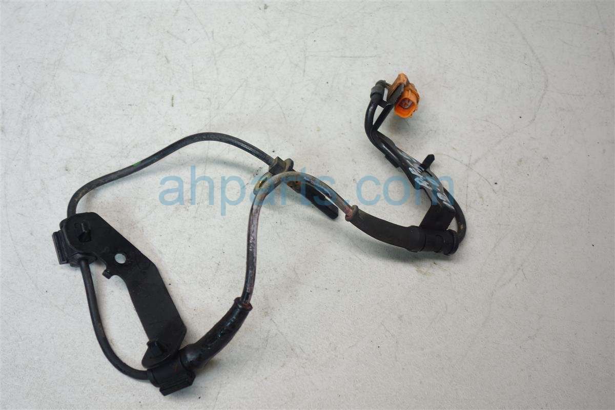 2006 Honda CR V Front passenger ABS SENSOR 57450 S9A 013 57450S9A013 Replacement
