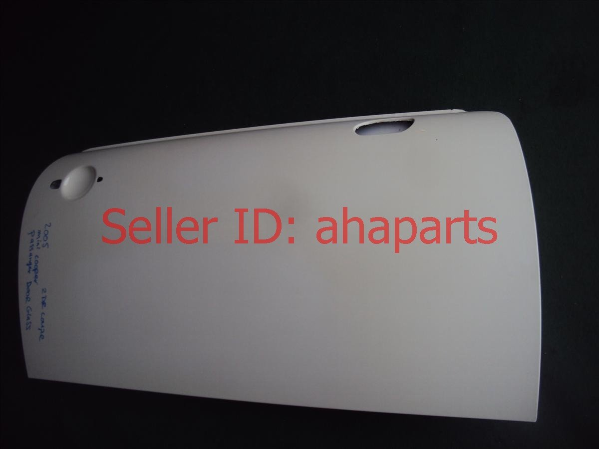 2005 BMW Mini Cooper Front Passngr Door, White 41517133944 Replacement