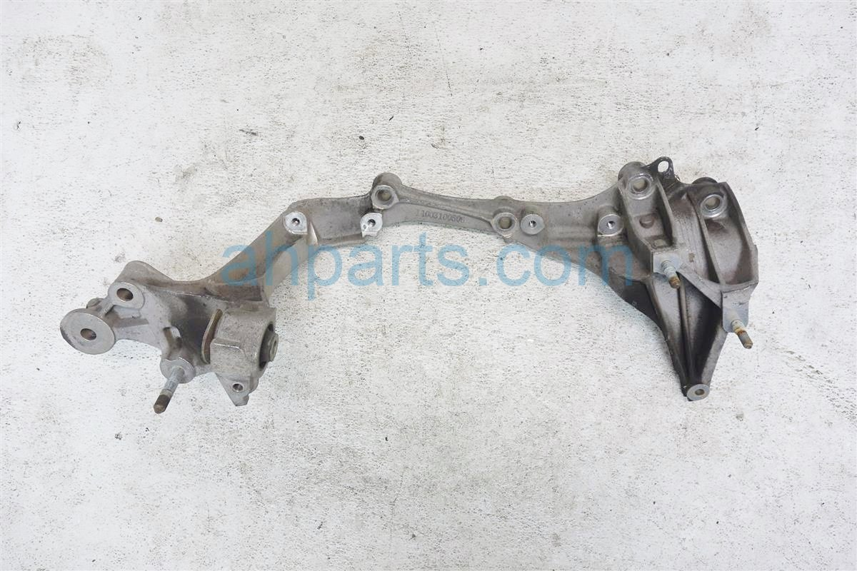 1991 Acura NSX Crossmember Rear Driver Beam Bracket 50220 SL0 000 Replacement
