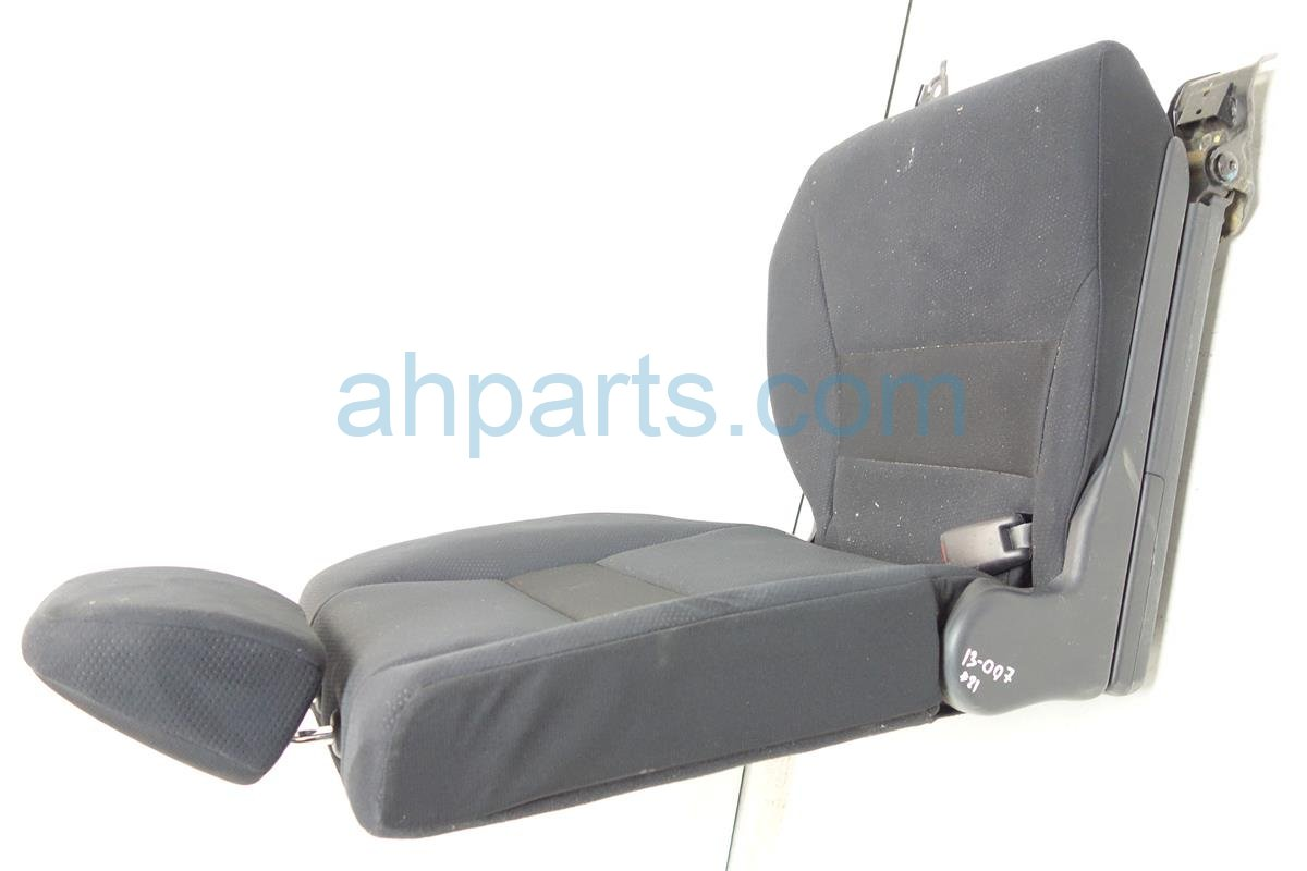 2011 Honda CR V Back 2nd row Rear driver SEAT BLACK CLOTH 82521 SXT A11ZA 82521SXTA11ZA Replacement