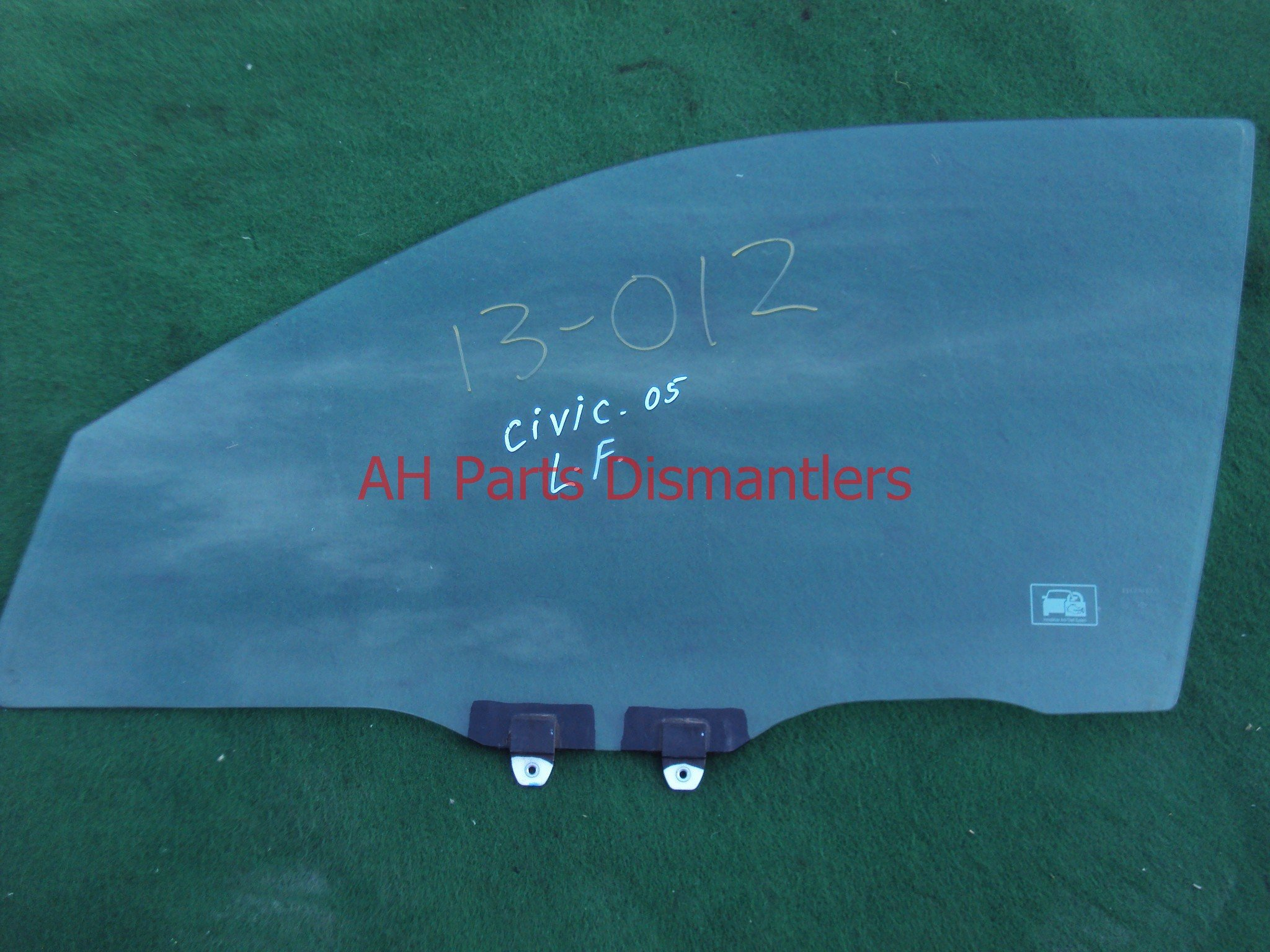 2005 Honda Civic Front driver DOOR WINDOW GLASS 73350 S5A Q01 73350S5AQ01 Replacement