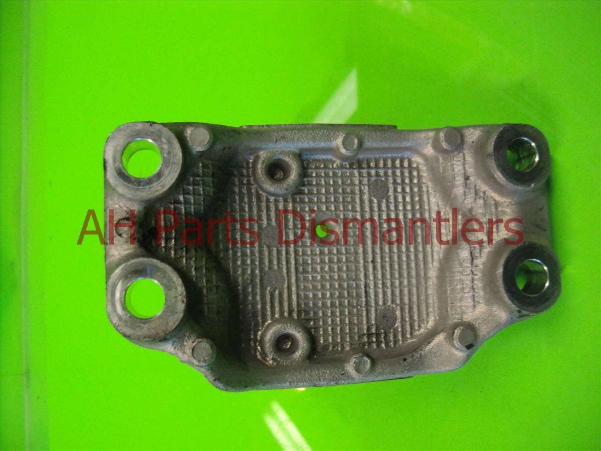 2004 Honda Civic Engine Motor mount Rear ENGINE MNT BRACK 50827 S5B 990 50827S5B990 Replacement