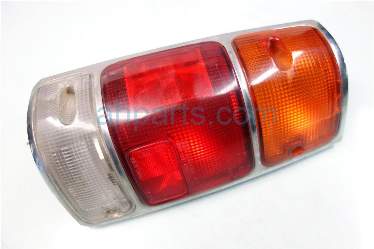 1994 Honda Passport Rear Lamp Driver TAIL LIGHT CHROME BEZEL MODEL 89712 10720 8971210720 Replacement
