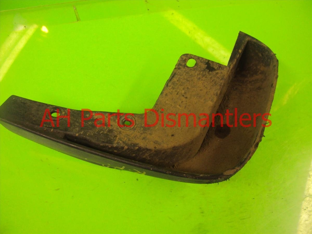 2004 Honda Accord 2dr Front passenger MUD FLAP GUARD Replacement