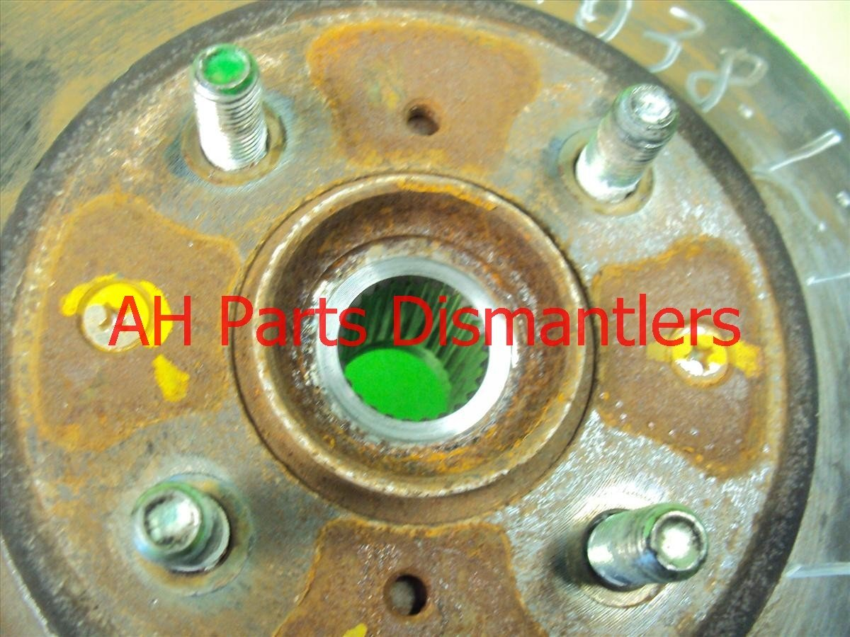 2009 Honda FIT Hub Front driver SPINDLE KNUCKLE Replacement