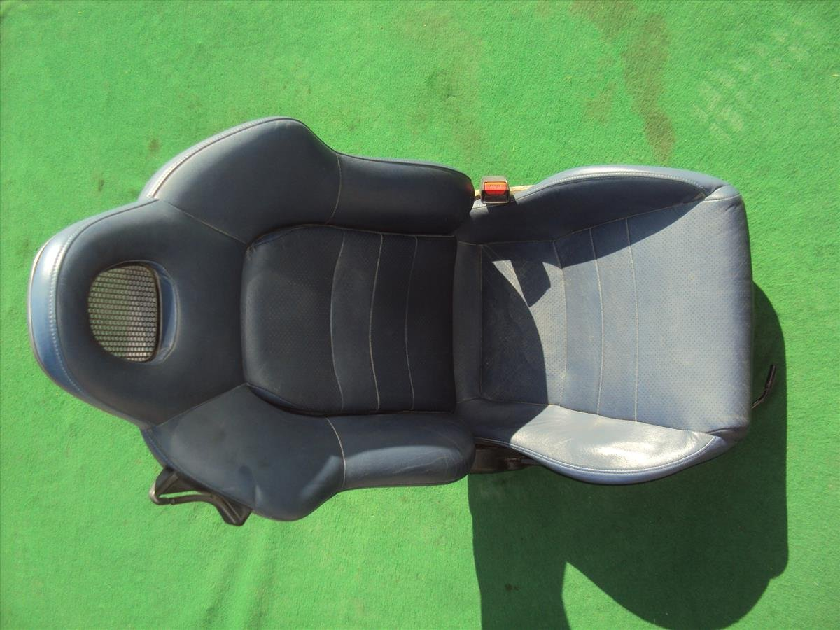 2002 Honda S2000 Front passenger SEAT blue some small wear 81121 S2A A13ZC 81121S2AA13ZC Replacement