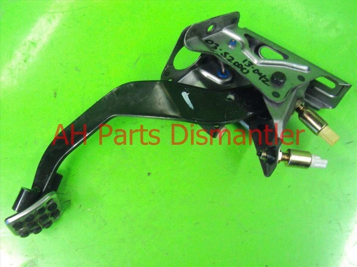 2002 Honda S2000 CLUTCH PEDAL 46910 S2A A03 46910S2AA03 Replacement