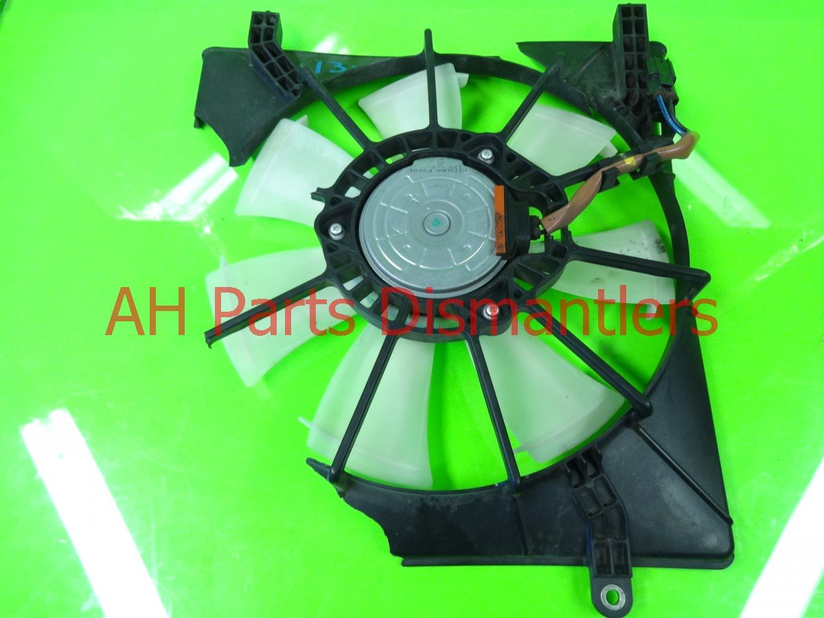 2010 Honda Accord Cooling AC FAN BROKEN SHROUD RH 38611 R40 A01 38611R40A01 Replacement