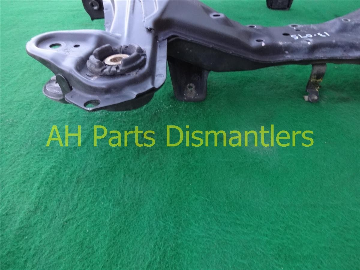 2001 Honda Odyssey Crossmember FRONT SUB FRAME CRADLE BEAM 50200 S0X A02 50200S0XA02 Replacement