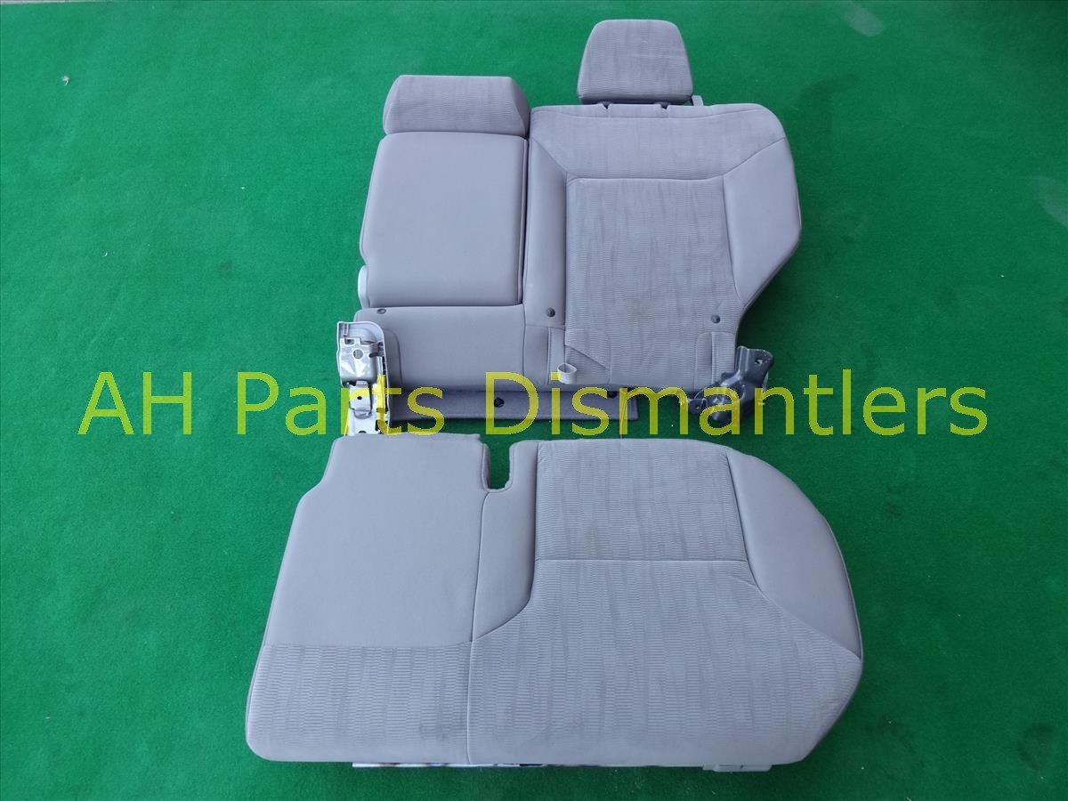 2012 CR V Back 2nd row Rear driver SEAT GRAY CLOTH NICE Replacement