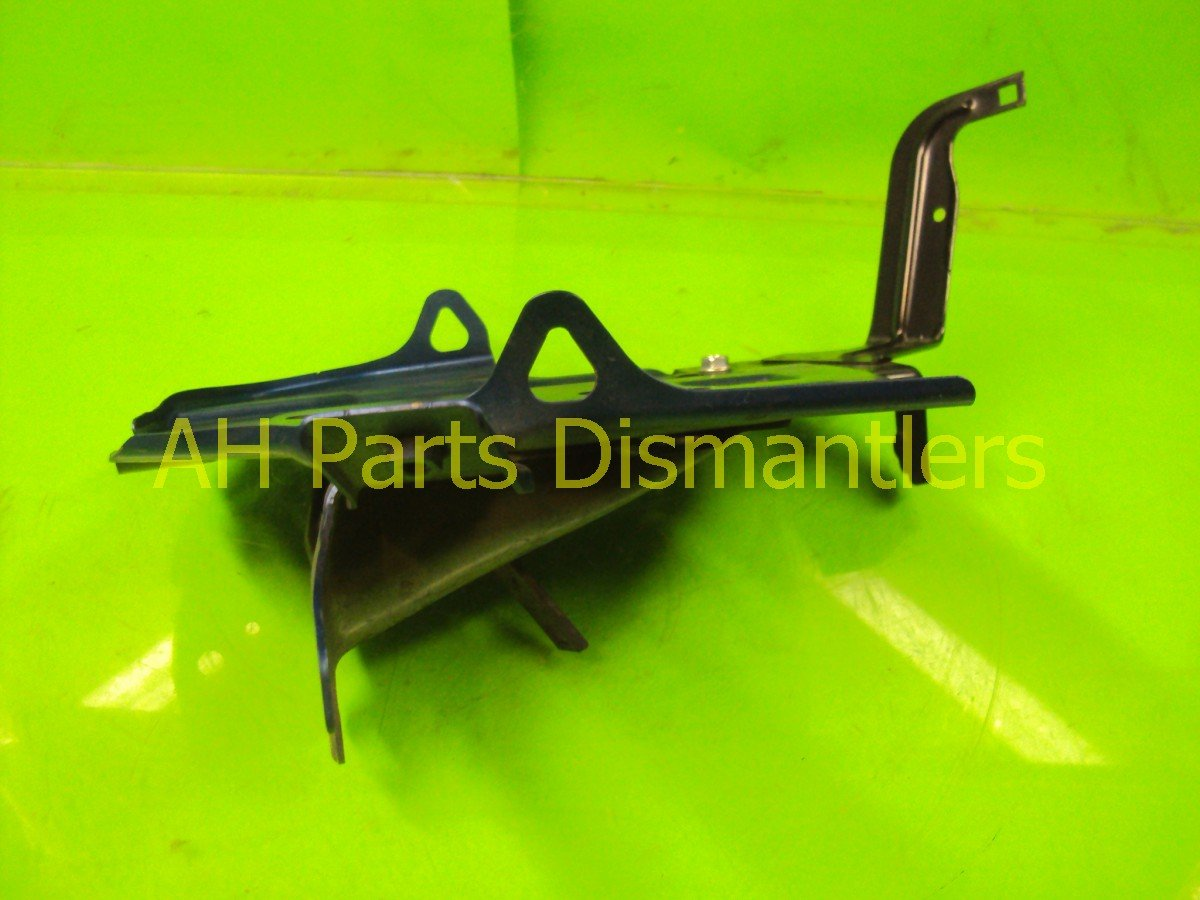 2010 Honda Accord BATTERY TRAY Replacement