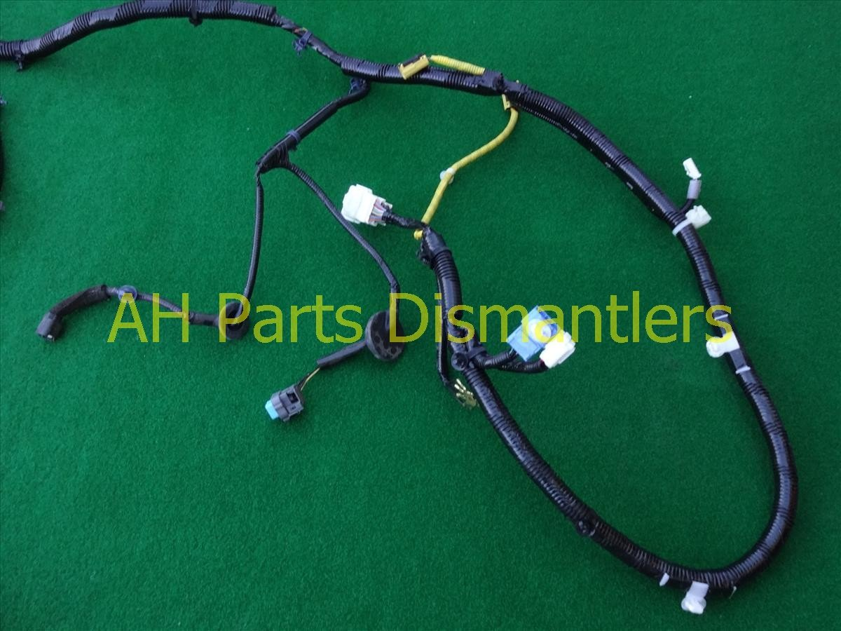 2012 Honda CR V FLOOR WIRE HARNESS 32140 T0B A10 32140T0BA10 Replacement