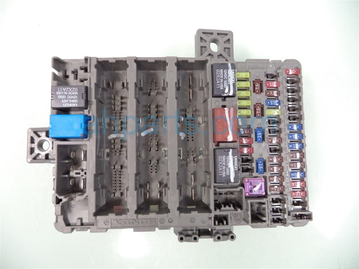 Honda Civic Dash Fuse Box Wiring Library 2001 Under Hood 2013 38200 Tr0 A32 Replacement