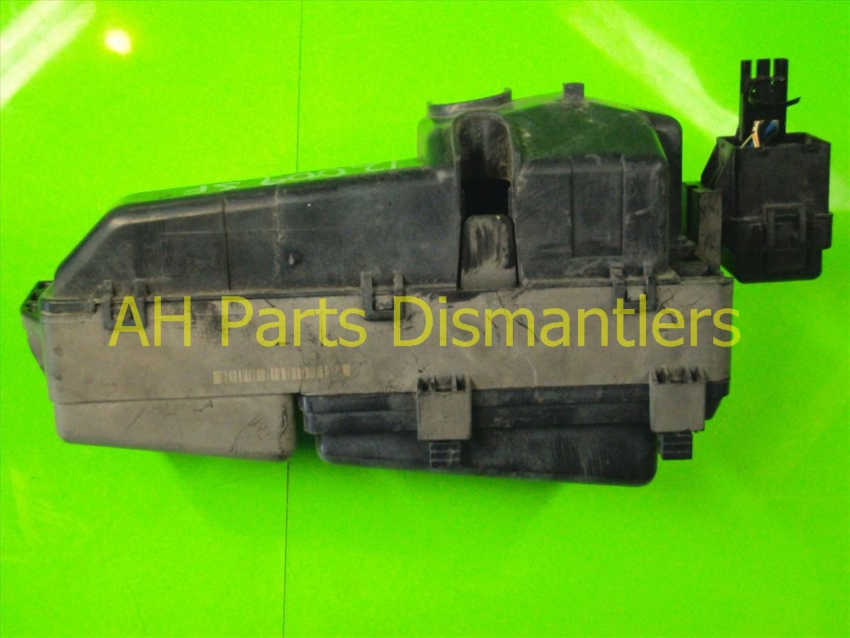 2004 Honda Accord ENGINE FUSE BOX 38250 SDB A21 38250SDBA21 Replacement