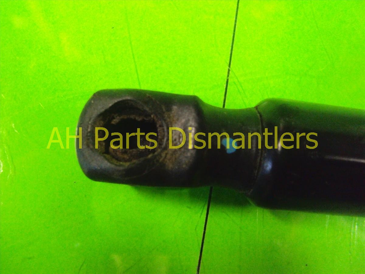 2012 Honda CR V Rear driver TRUNK SHOCK 74870 T0G A01 74870T0GA01 Replacement
