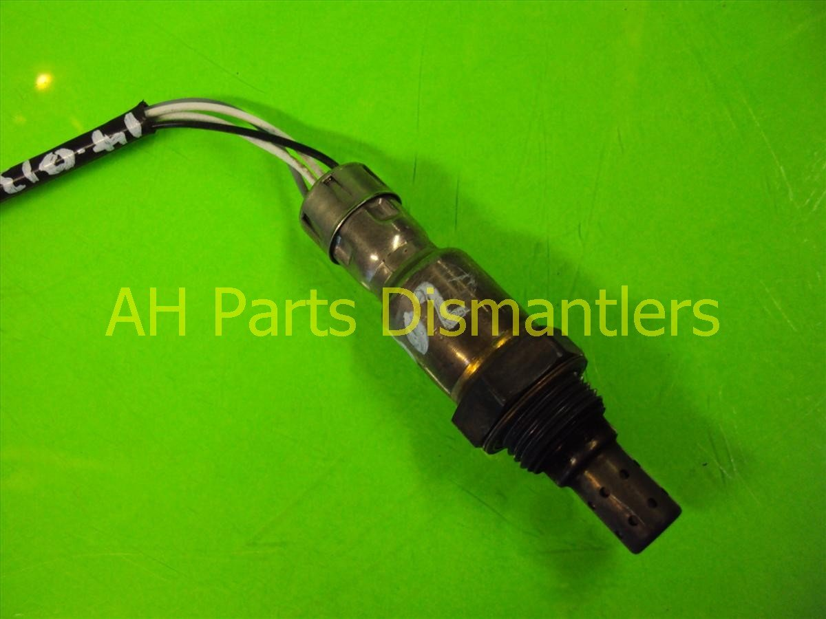 Toyota Camry 2007 2011 How To Replace Serpentine Belt Tensioner 396952 further 1990 Honda Accord Fuel Relay Location also 2007 Toyota Tundra Ecu Location furthermore Toyota Altis Wiring Diagram as well Toyota 120   Fuse. on toyota avalon engine diagram