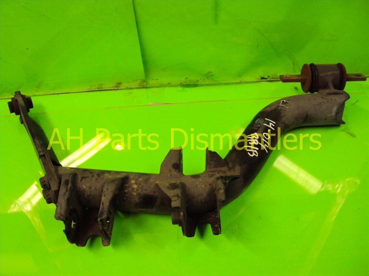 2004 Honda Civic Rear passenger LOWER CONTROL ARM 52370 S5A A41 52370S5AA41 Replacement