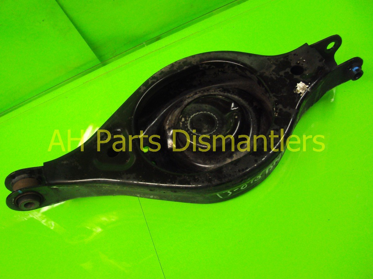 2005 Honda Odyssey Control Rear driver LOWER ARM B 52360 SHJ A00 52360SHJA00 Replacement